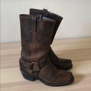 "Frye Harness ""12""R"" Boot 7.5"